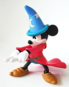 Walt-Disney-Figurines-Mickey-Mouse-walt-disney-characters-28773259-1211-1536.jpg (JPEG Image, 1211×1536 pixels)