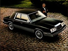 Chrysler LeBaron Sedan '1982–85
