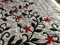 Quilts, Rugs, Home Decor, Farmhouse Rugs, Decoration Home, Room Decor, Quilt Sets, Log Cabin Quilts, Home Interior Design