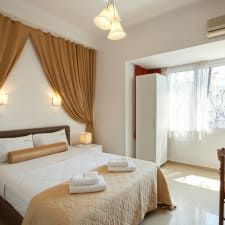 View deals for Metropolis Hotel. WiFi is free, and this hotel also features a rooftop terrace and dry cleaning service. Dry Cleaning Services, Rooftop Terrace, Athens, Curtains, Bed, Furniture, Home Decor, Blinds, Decoration Home
