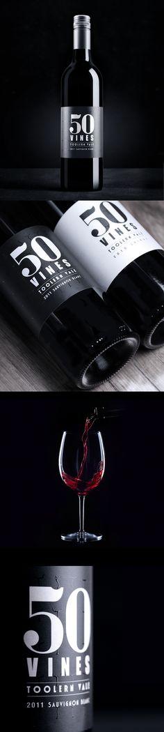 """Bientôt nos propres images dans ce style : bravo à  """"Sense creative"""", agence des amoureux du #wine #packaging"""