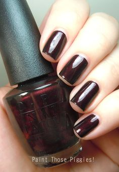 Paint Those Piggies!: OPI Midnight in Moscow
