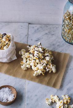 Samoa Popcorn (Chocolate, Coconut and Caramel Popcorn)