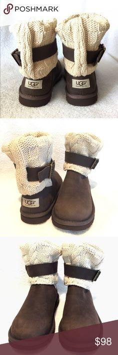 New UGG Boots for Women's New UGG Boots size 5 for women's UGG AUSTRALIA Shoes Winter & Rain Boots
