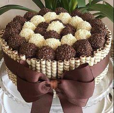Sweet Cakes, Cute Cakes, Yummy Cakes, Candy Cakes, Cupcake Cakes, Food Cakes, Kolaci I Torte, Birthday Cake Decorating, Decorating Cakes
