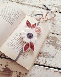 This item is unavailable Gifts For Bookworms, Gifts For Readers, Book Lovers Gifts, Book Gifts, Cute Crafts, Felt Crafts, Teacher Appreciation Gifts, Teacher Gifts, Felt Bookmark