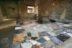 Thermopolium of Vetutius Placidus Rome Architecture, Pompeii And Herculaneum, Classical Art, Ancient Romans, Archaeology, Fresco, Tuscany, Old Things, Italy