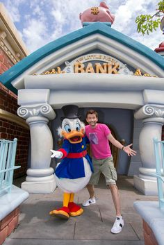 Actor David Tennant stopped by Disneyland park recently to visit with Duckburg's most famous trillionaire, Scrooge McDuck, who happened to be making a special visit to the Bank of Toontown.