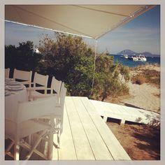 R E E F Beach & Restaurant ***** www.reefbeachandrestaurant.com