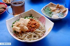Last month, we drove to Bandung with a friend to spend several days there. We took our time, enjoying lunch, Creative Food, Places To Eat, Spaghetti, Lunch, Ethnic Recipes, Eat Lunch