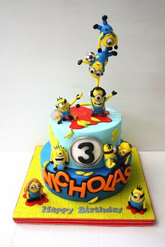 Im thinking something like this for the boys 2 and 7 birthday..... But Agnes has to be in there somewhere too... I can't believe I am going to torture myself with this labor of love again.