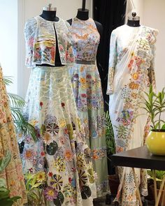 Hi Fashion, Fashion Themes, Fashion Outfits, Indian Fashion Dresses, Indian Outfits, Desi Wear, Saree Trends, Designs For Dresses, Saree Look