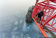 Climbing the Shangaï Tower