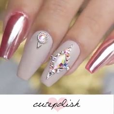 art designs with rhinestones Acrylic & Gel Nail Art Compilation Nail Art Designs Videos, Nail Designs Pictures, Nail Design Video, Nail Art Videos, Gel Nail Art, Gel Nails, Manicure, Gradient Nails, Holographic Nails