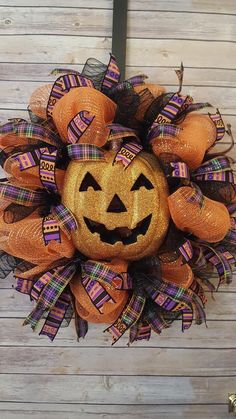 Premium Jack O/' Lantern Halloween Handmade Deco Mesh Wreath