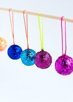 DIY Mini Disco Ball Christmas Ornaments   #christmas #diy #decor #home #kids   hellohappystudio.com