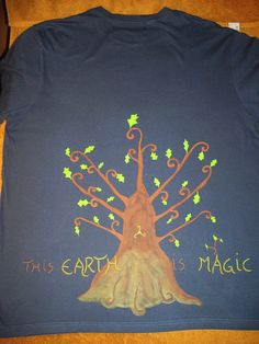 "Elven Way | Art on t-shirt  spiritual artcraft- Back of my ""Merlin"" Tshirt( now unavailable) the sacred Oak tree :) Merlin's wisdom  the Oak tree's wisdom are forever intertwined in my vision... last finishing touch made on Earth Day ( yesterday, 22nd of April)! by Elaya Gaia www.elayamagic.wix.com/elayamagic www.etsy.com/shop/ElvenWay"