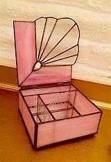 ❤️ Happy Valentine 039 s Day This Pink Fan Trinket Jewelry Box Is Perfect Stained Glass Crafts, Stained Glass Patterns, Stained Glass Windows, Glass Jewelry, Jewelry Box, Box Patterns, Glass Boxes, Valentine Box, Trinket Boxes