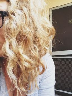 Secrets for beautiful curls and second day curls how to. List of products and detailed routine from blogger -maggie-whitley . This might actually work for my hair, worth a try!