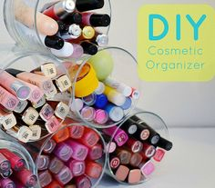 10 DIY Makeup Organizer Ideas to Help With the Clutter | Beauty High http://makeupit.com/m0KZF | Finding Contouring Difficult? Look No Further!