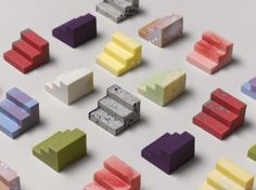 Australian design studio Universal Favorite recentl created this awesome project called 'Complements'. A simple modular system mad out of chocolate to pair and share.