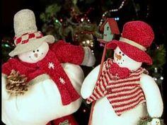 SANTAS_MUSIC_BOX Christmas Stockings, Christmas Ornaments, Holiday Decor, Box, Music, Youtube, Needlepoint Christmas Stockings, Musica, Musik