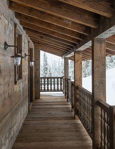 Alpine Chalet, Swiss Chalet, Alpine House, Porche Chalet, Cottage Design, House Design, Swiss House, Swiss Cottage, Chalet Design