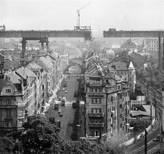 Brutalismus - drsná poezie Old Pictures, Old Photos, Paris Skyline, New York Skyline, Prague Photos, Old Photography, Prague Czech, History Photos, Bratislava