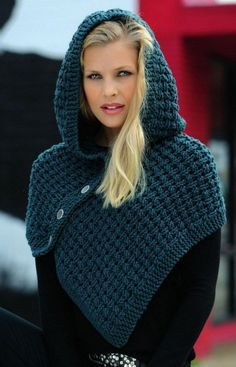 Newest Totally Free Crochet poncho with hood Concepts Strickanleitung Schulterwärmer mit Kapuze Linie 55 Montego Linie 344 Starlight 3727 Crochet Hooded Scarf, Crochet Scarves, Crochet Shawl, Crochet Clothes, Outlander Knitting Patterns, Loom Knitting, Fall Knitting, Mode Crochet, Diy Crochet