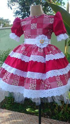Vestido Junino Menina Carla da Liluart Roupas Infantis Baby Girl Dress Patterns, Doll Clothes Patterns, Mom Dress, Baby Dress, Little Girl Dresses, Girls Dresses, Girls Party Dress, Girl Doll Clothes, Lolita Dress