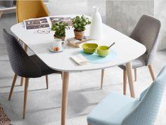 Nå har vi påsketilbud på spisebord modell OAKLAND🐥 Du finner det nettbutikken😊 www.mirame.no  #spisestue #kjøkken #ileggsplater #stue #gang #innredning #møbler #norskehjem #spisestue #mirame #pris  #interior #interiør #design #nordiskehjem #vakrehjem #farger #nordiskdesign  #oslo #norge #norsk  #bilde #speilbilde #tre #oakland #bestselger #lars #påske #påske2018 #påsketilbud