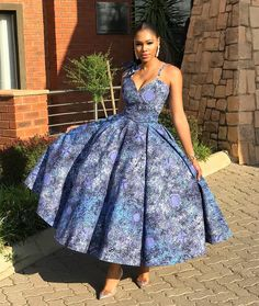 30 Pictures of Long Kitenge mix designs. Latest African Fashion Dresses, African Dresses For Women, African Print Fashion, African Attire, African Women, African Prints, Kitenge, African Traditional Wear, Sesotho Traditional Dresses