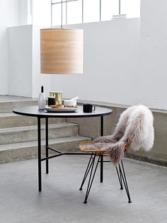 Bloomingville is a Danish contemporary design company that offer a wide range of home accessories, design furniture, kitchen styles and outdoor designs. Slots Decoration, Decoration Design, Home Interior, Interior Styling, Decoration Originale, Sheepskin Rug, Handmade Furniture, Interiores Design, Scandinavian Design