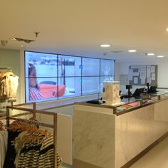 Digital Signage VideoWall at EPK stores in Caracas, Venezuela by @IMVINET (View 2)