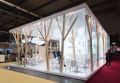 Cibus Stand - молочные украшения Kiosk Design, Display Design, Retail Design, Store Design, Exhibition Stall, Exhibition Booth Design, Showroom Interior Design, Cafe Interior, Pop Up