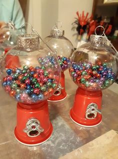 Christmas Crafts To Make And Sell, Christmas Decorations, Christmas Tree, Christmas Ideas, Dollar Tree Crafts, Ornament Wreath, Dollar Stores, Snow Globes, Diy Projects