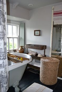 Andrew & Rebecca Cornwall, UK apartment therapy cottage bathroom