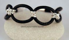 Smycken från norr: Läder med silverfärgad tråd