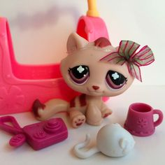Littlest Pet Shop No # Monopoly Tabby Cat w/Burgundy Eyes & Accessories Lps For Sale, Lps Sets, Palace Pets, Little Pet Shop Toys, Pets 3, Big Eyes, Christmas Presents, Mlp, Old Things