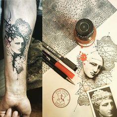 #armtattoo#tattoodrawing #tattoo #marieroura #epureatelier  http://www.epureatelier.com/