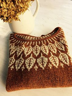 Knitting Patterns Sweaters Ravelry: Arboreal - this is lovely, and I have a similar brown wool I could use Sweater Knitting Patterns, Knitting Stitches, Knit Patterns, Knit Sweaters, Free Knitting, Stitch Patterns, Cardigans, Drops Design, Fair Isle Pattern