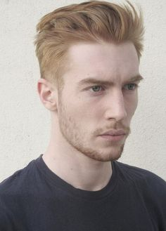 Wavy Curly Hair Men - Wavy Curly Hair Men , Lovely Men Hair Styles for Curly Hair – My Cool Hairstyle Ginger Men, Ginger Hair, Fancy Hairstyles, Boy Hairstyles, Gorgeous Hairstyles, Medium Short Hair, Medium Hair Styles, Hair And Beard Styles, Curly Hair Styles