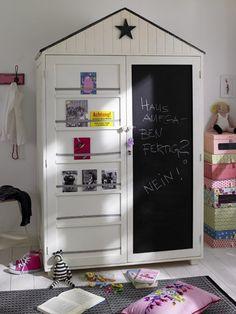 Хранение детской одежды: 7 лучших советов родителям