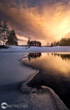 Like a Dream - The cold air touching my face, the ice creaks under my feet and the sun warming my heart... This is Norway... This is a dream...   L'aria fredda che mi tocca il volto, il ghiaccio che scricchiola sotto i piedi e il sole che mi scalda il cuore... Questa è la Norvegia... Questo è un sogno...  Luca Pelizzaro  A special thanks, for this picture, goes to Ole Henrik!
