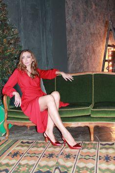 Красное Платье с запахом из струящейся ткани. 3700 руб 100%вискоза Размер S M