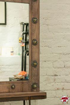 """Деликатный характер, выдержанный стиль и благородные цвета, подчеркнутые утонченным узором - именно так можно представить наше новое гримерное зеркало """"Великая красота"""".  Заказать гримерное зеркало со свои уникальным дизайном можно на нашем сайте>>> http://rayapple.ru/mirror/  #гримерноезеркало #зеркало #mirror #makeup #makeupmirror #dressingroom"""