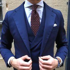 Waistcoat #silbon #zaragoza #ootd #picoftheday #photooftheday #bestoftheday #dandy #dapper #instamood #instastyle #instafashion #menwith #menstyle #menswear #mensstyle #mensfashion #malefashion #fashion #moda #streetlook #streetwear #streetstyle #streetfashion #style #styles #stylish #lookbook #instadaily #gentleman #suit by agens86