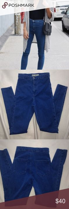 Topshop Joni Super cute, super stretchy high waisted jeans. Still in good condition. Pre-loved but they still look great. 😀 Topshop Jeans Skinny