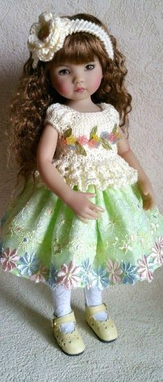 She looks like Easter morning. Child Doll, Girl Dolls, Baby Dolls, Sewing Doll Clothes, Sewing Dolls, Beautiful Dolls, Beautiful Dresses, Sasha Doll, Alondra