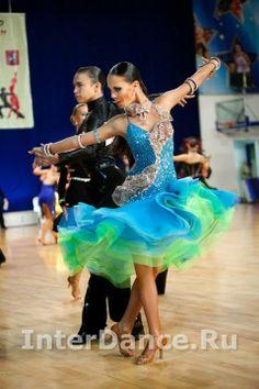 6d17f43e62 A(z) kedvenc latin nevű tábla 43 legjobb képe   Dancing outfit ...